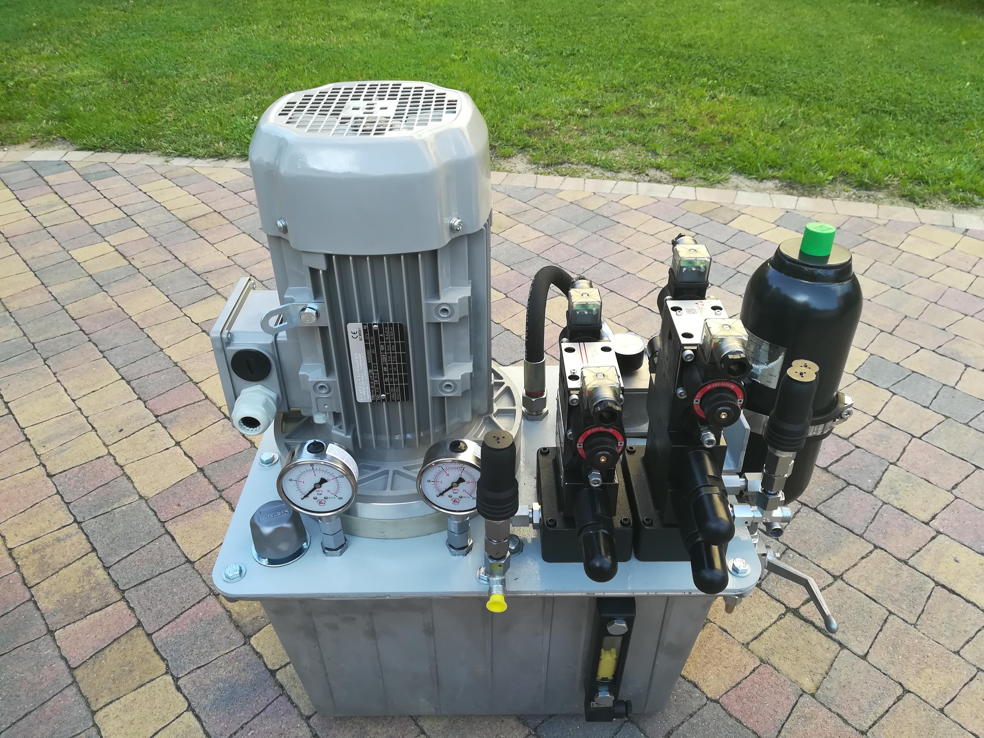 Produkcja zasilaczy hydraulicznych