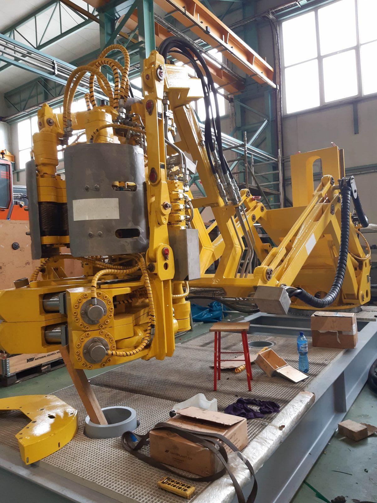 Napęd hydrauliczny urządzeń offshore